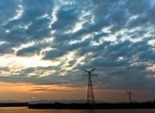 Hög spänning under den blåa skyen Fotografering för Bildbyråer