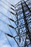 Hög spänningskraftledning för energi Royaltyfri Foto