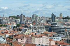 Hög stadssikt från Clérigos det kyrkliga tornet i Porto, Portugal Royaltyfria Bilder