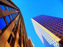 hög stigning för byggnader Arkivbilder