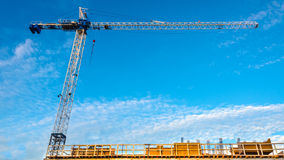 hög stigning för byggnadskonstruktion under Royaltyfri Fotografi