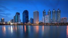 hög stigning thailand för byggnader Arkivbilder
