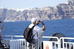 Hög turist på ett skepp royaltyfri bild
