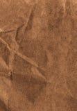 Hög upplösning Crumpled texturerade återanvänd pappers- bakgrund. V Arkivbild
