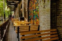 Hög-vinkel sköt utomhus- kaféer Royaltyfria Bilder