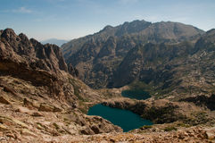 Höga alpina lakes i Corsica Arkivbilder