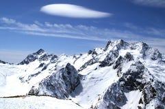 höga berg royaltyfri bild