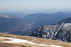 Höga berg för ensamhet Royaltyfria Bilder