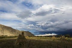 höga berg för höjd Arkivbilder