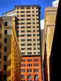 Höga löneförhöjningbyggnader i Kalifornien Royaltyfri Foto