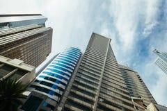 Höga löneförhöjningbyggnader i Manila royaltyfria bilder