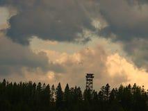Höga Ridge Fire Lookout Tower royaltyfri fotografi