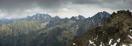 Höga slovakiska Tatry berg Arkivbilder