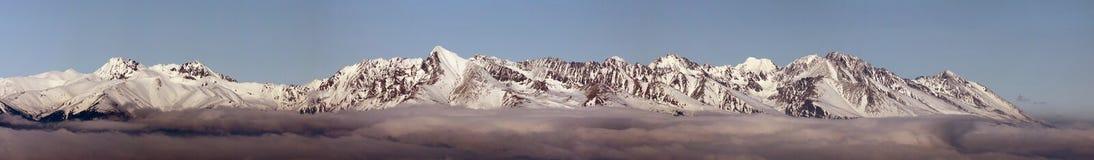 Höga Tatras och västra Tatras (Rohace) Arkivbild