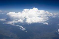 Höga upplösningsbilder av clounds och blå himmel Royaltyfria Foton
