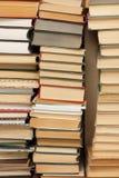 Högar av bokar Arkivbilder