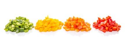 Högar av huggen av färgrik spansk peppar I royaltyfria bilder