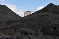 Högar av kol arkivbild