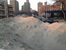 Högar av sand på Coney Island efter den sandiga orkanen Royaltyfria Foton
