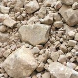 Högen av sandsten vaggar och spillror Arkivbild