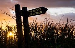 höger tecken för riktning Fotografering för Bildbyråer