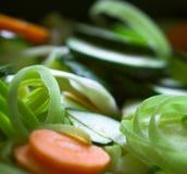 högg av nytt grönsaker royaltyfria foton