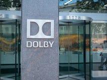 Högkvarter ingång och lobby för DolbyDigital laboratorium arkivfoto