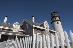 Höglands- fyr på Cape Cod, Massachusetts Royaltyfri Bild