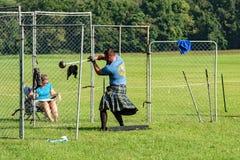 """Höglands- lekar för skotsk †för hammarekast """", Salem, VA Royaltyfri Foto"""