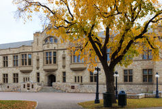 Högskolabyggnaden i universitetet av Saskatchewan Royaltyfri Bild