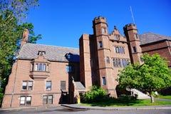 Högskolauniversitetsområde för Mt som Holyoke buidling Arkivfoton