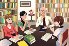Högskolestudenter som har en diskussion med deras professor royaltyfri illustrationer
