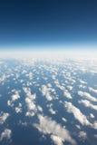 Högt flygplan för himmelsiktsform Royaltyfria Bilder