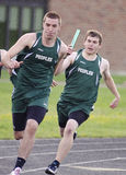 högt skolaspår för relay 4x100 Royaltyfri Fotografi