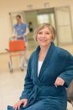 Högt tålmodigt vänta i sjukhus fotografering för bildbyråer