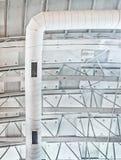 högt tak Arkivfoto