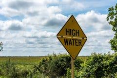 Högt vatten undertecknar in Houston Texas som följer flodvattnet Royaltyfri Foto