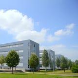 Högteknologiska företagsbyggnader Arkivbilder