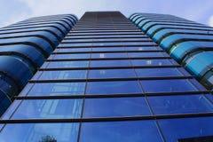 högväxt byggnadsexponeringsglas Royaltyfria Foton