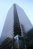högväxt byggnadskontor Arkivfoto