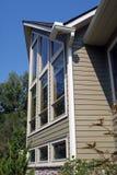 högväxt hus Arkivbild