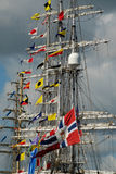 högväxt mastsships Royaltyfri Fotografi