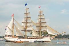 Högväxt skeppEuropa - segla Amsterdam 2015 Royaltyfri Foto