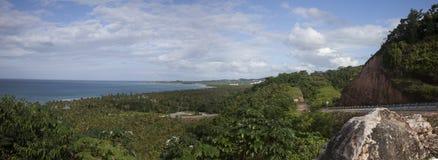 Högväxt väg DREN-7, också som är bekant som Santo Domingo-Samana Highway eller enkelt den Samana huvudvägen royaltyfri foto