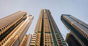 Högväxta byggnader för sikt Arkivbild
