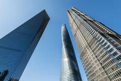 3 högväxta byggnader i Shanghai, inklusive den tredje mest högväxta byggnaden i världen Arkivbilder