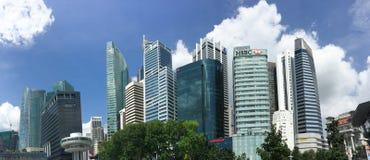 Högväxta byggnader i Singapore Arkivfoto