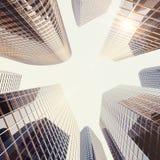 Högväxta glass reflekterande skyskrapor för modern hög löneförhöjning i i stadens centrum område för stad Finansiella affärskonst Arkivbilder