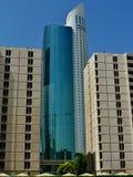 Höhe des Bodens des Ascott-Park-Platzes 56 Skyscrape und zwei 15 breiten Gebäude Dubai aus Lizenzfreie Stockfotos