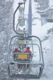 Höhenruder in den Schneefällen Stockfotos